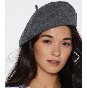 Accessories - NEW Gray Wool Beret